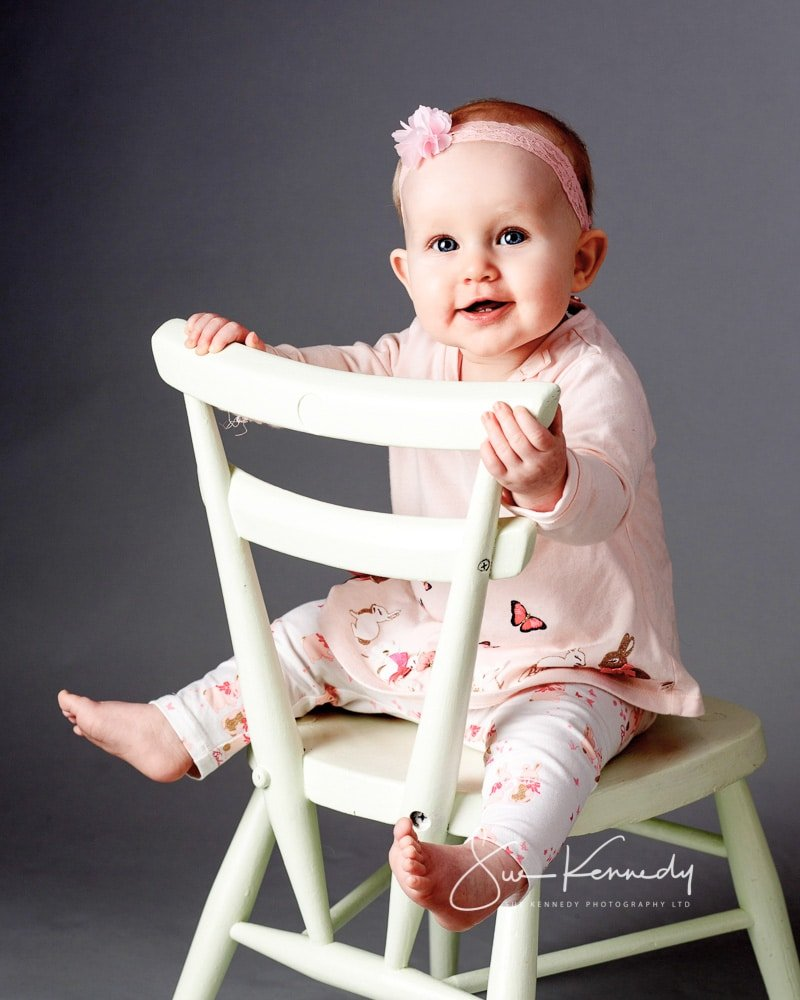 Baby on chair - Baby club second session